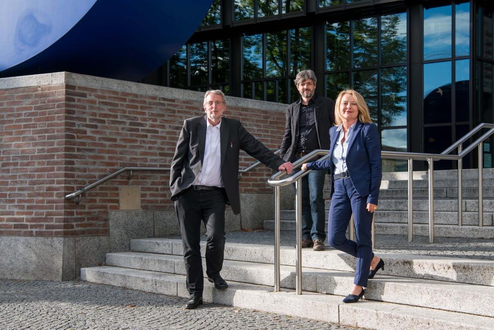 v. li.n.re.: Clemens Richarz (1. Vizepräsident), Franz Damm (Vizepräsident), Lydia Haack (Präsidentin). Foto: © ByAK, Tobias Hase